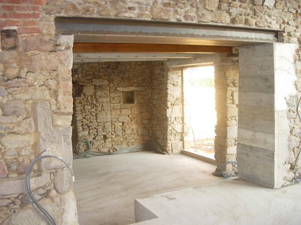 Creation ouvertures murs porteurs rennes r alisation percement ma on b ton pierre parpeing brique - La petite cheminee rennes ...